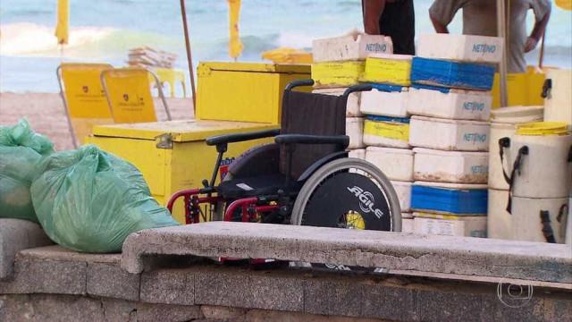 Cadeirante é assassinado a tiros em barraca na Praia de Boa Viagem