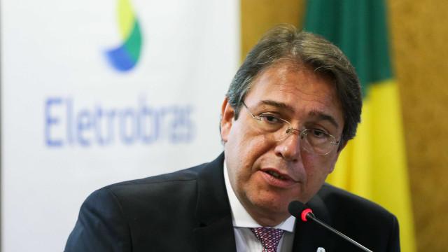 Presidente da Eletrobras tenta aumento de salário em quase 50%