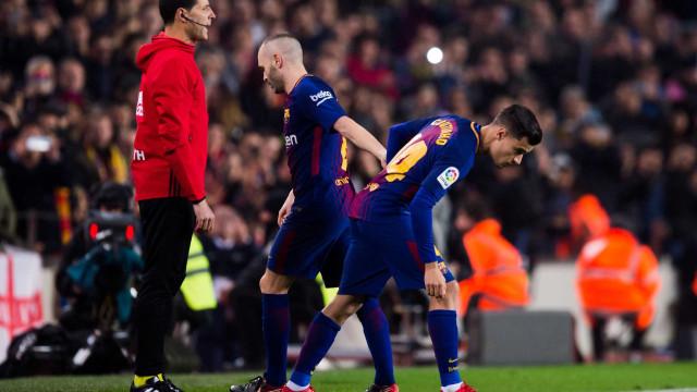 Para Coutinho, substituir Iniesta no Barça é tarefa impossível