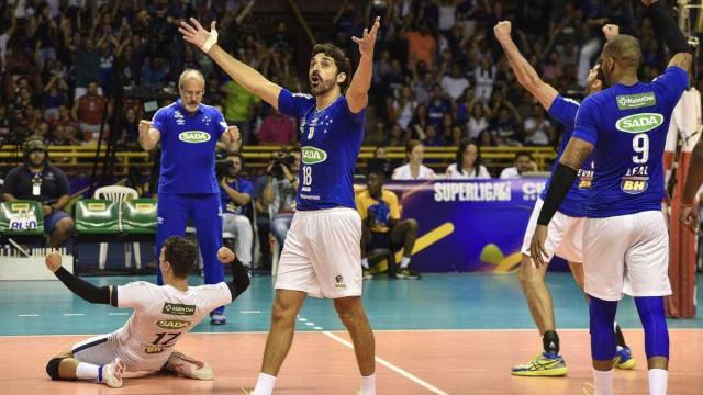 Em duelo emocionante, Cruzeiro vence o Sesi e é hexa da Superliga