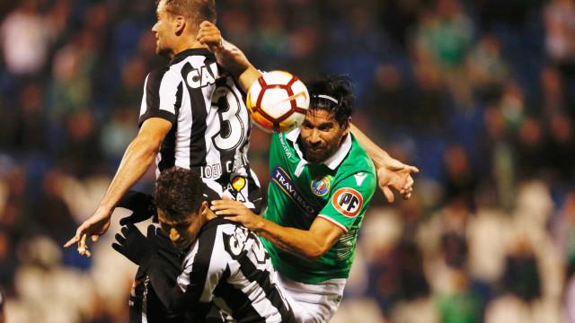 Em vantagem, Botafogo encara chilenos por vaga na Sul-Americana