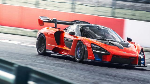McLaren Senna é testada pela 1ª vez no Reino Unido