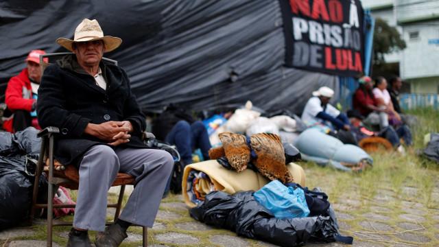 Acampamento pró-Lula: houve ameaças de morte, diz advogada