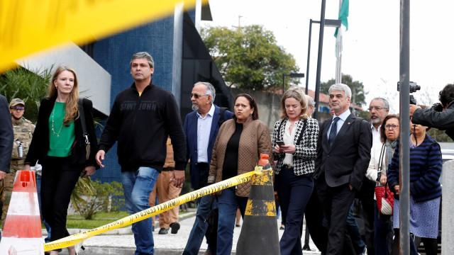 Comissão do Senado pede ao MPF que apure limitação de visitas a Lula