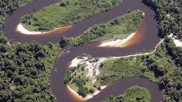 Operação apreende 1,7 t de mercúrio que iria para a Amazônia