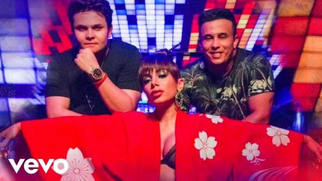 Matheus & Kauan lançam videoclipe com Anitta; veja