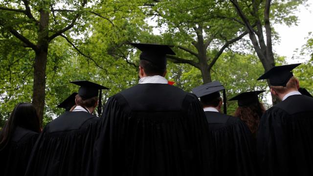 Cerco anti-migração provoca fuga de alunos estrangeiros nos EUA