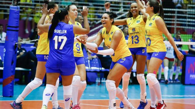 Brasil vira sobre a Sérvia e vence a 2ª na Liga das Nações de vôlei
