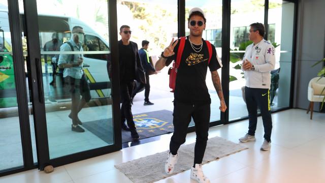 Entrevista ao 'Jornal Nacional' faz Tite tomar decisão sobre Neymar