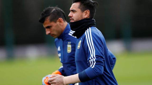 Goleiro da Argentina se lesiona e está fora da Copa da Rússia