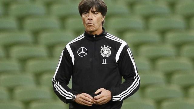 Alemanha começa preparação para Copa na Itália