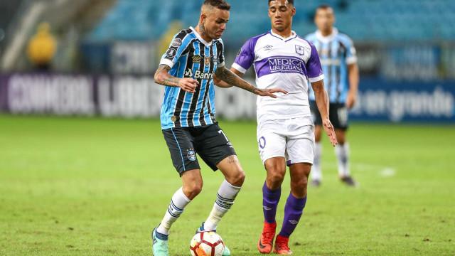 Grêmio vence, Fla bobeia, Bahia goleia e Palmeiras passa; os resultados