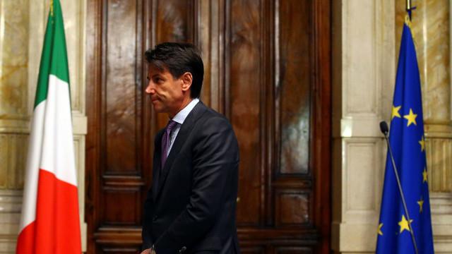 Futuro governo da Itália já enfrenta cobranças na UE