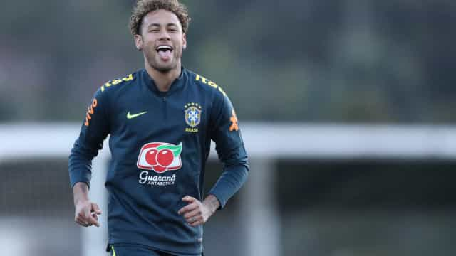 Neymar sobre rumor de ida para o Real Madrid: 'Estão falando besteira'