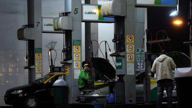 Para que crise não piorasse, Temer evitou aumento na gasolina