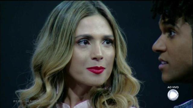 Nadja volta ao Power Couple citando novela da Globo e bomba na web