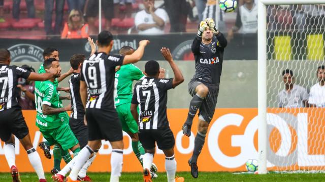 Defesa volta a ser problema para o Atlético Mineiro no Brasileirão
