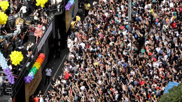 Bruno Covas é vaiado em fala de abertura da Parada LGBTQ de SP