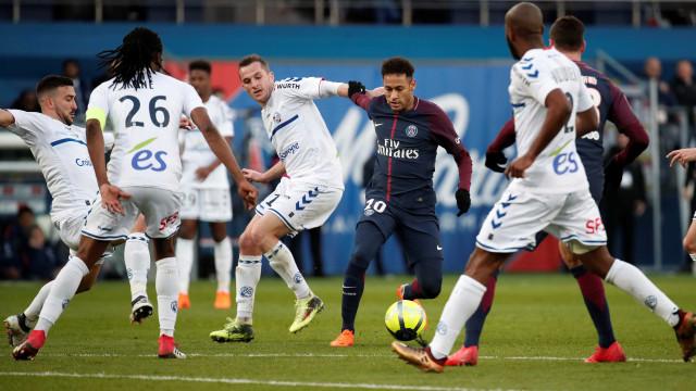 'Não suporto jogadores como Neymar e Balotelli', diz meia francês