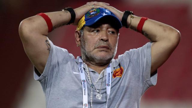 Maradona está internado na Colômbia