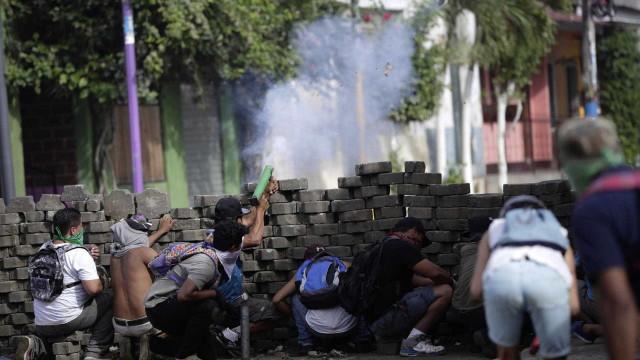 Mais de 4 mil caminhões são bloqueados nas fronteiras da Nicarágua