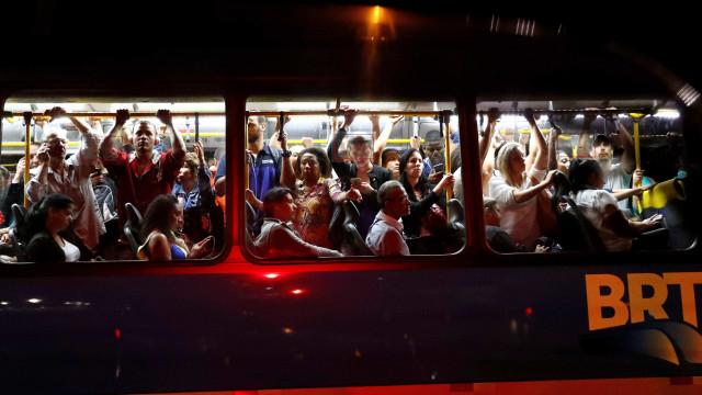 Greve de motoristas impacta funcionamento dos ônibus e BRTs no Rio