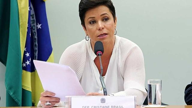 Cristiane Brasil diz ter ficado surpresa por ser alvo da PF