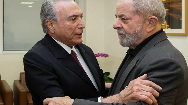 Com nova decisão judicial, Temer devolve benefícios a Lula