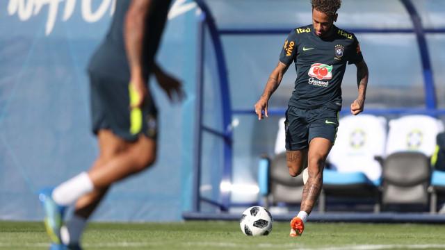 Tite confirma time titular para a estreia do Brasil na Copa do Mundo