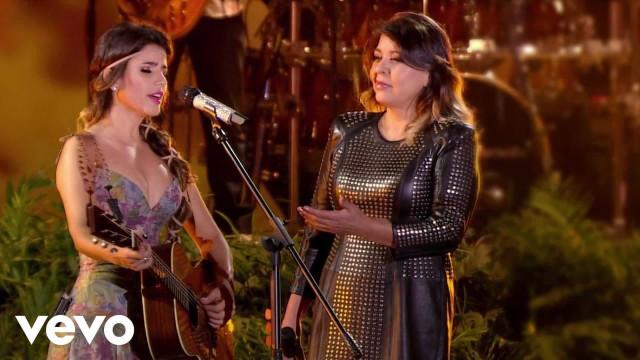 Roberta Miranda acusa cantora de imitação e dispara: 'Cafonice do cão'