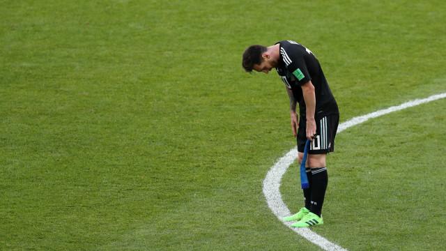 'Me sinto culpado', diz Messi após perder pênalti em empate na Copa