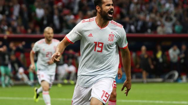 Espanha vence o Irã e divide liderança do grupo B com Portugal