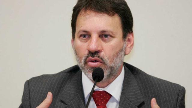 Juiz ordena que Delúbio cumpra pena em Curitiba