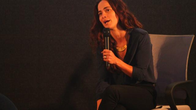 Alice Braga e Carlinhos Brown são convidados pela Academia do Oscar