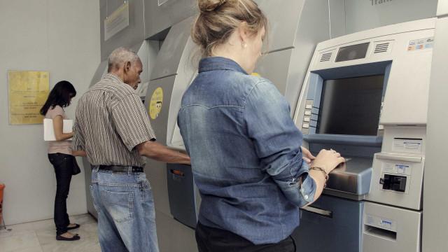 Quase 1,9 milhão de trabalhadores ainda não sacaram abono salarial