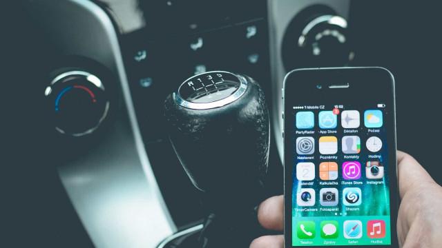 Chave digital de carros poderá ser baixada pelo celular
