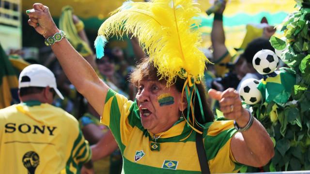 Comemore gols do Brasil com filtro divertido do Instagram