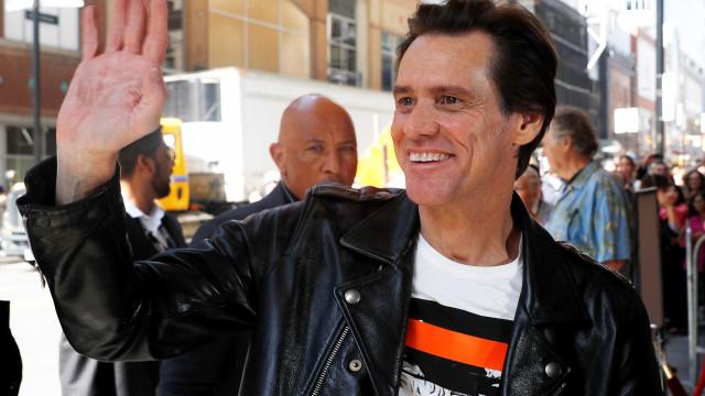 Jim Carrey estaria em negociação para voltar aos cinemas como vilão