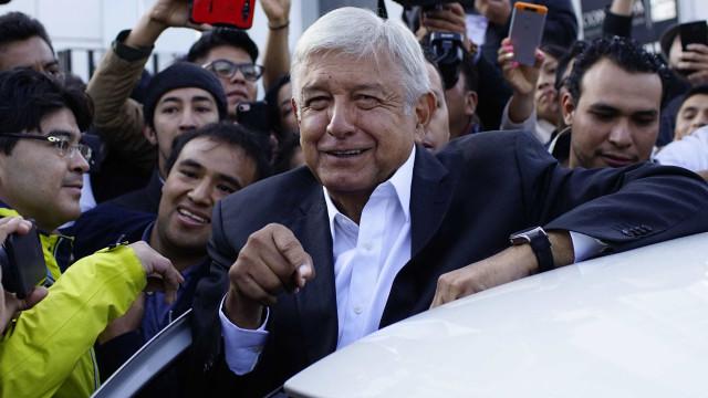 Esquerdistas latino-americanos desejam boa sorte a AMLO