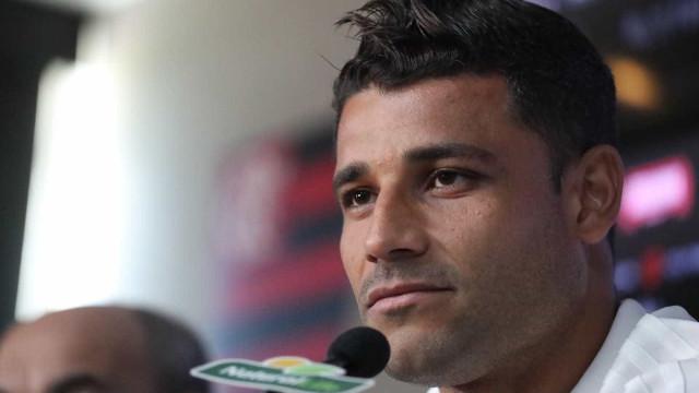 Jogador deixa o Flamengo e anuncia pausa na carreira