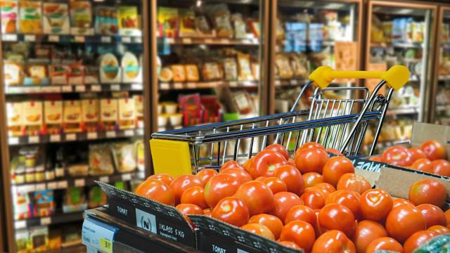 Alimentos da cesta básica ficam mais caros pelo segundo mês seguido