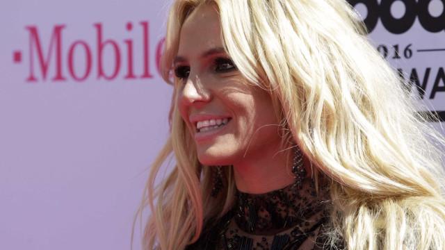 Britney Spears e Pitbull vão lançar novo single em breve
