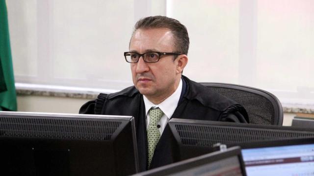 Quem é Rogério Favreto, o desembargador que mandou soltar Lula