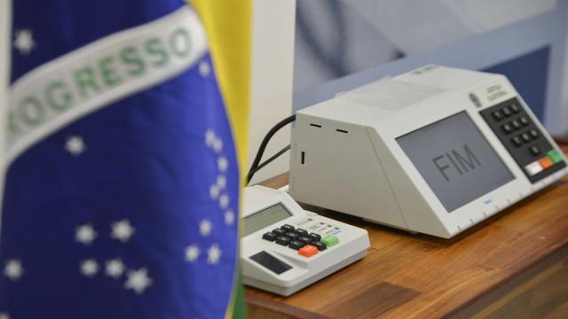 Eleitores de 20 municípios retornam às urnas neste domingo