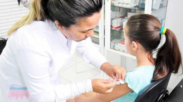 Cerca de 3,3 mi de crianças ainda não foram vacinadas contra a gripe