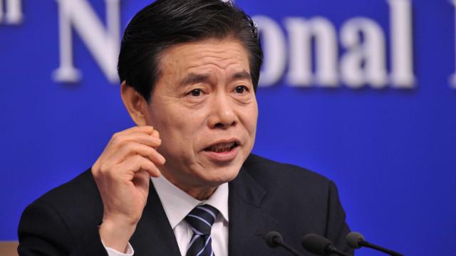 China acusa EUA de serem erráticos e unilaterais em guerra comercial