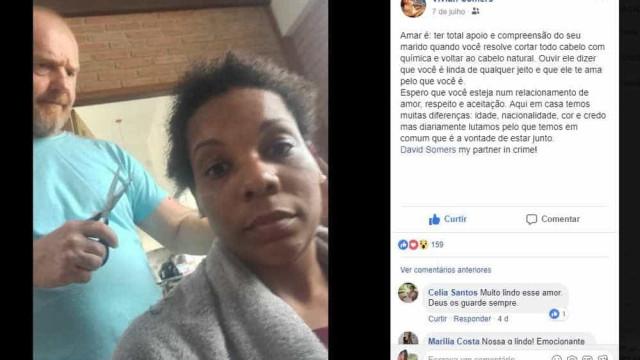 Marido apoia que esposa abandone química e corta o cabelo dela