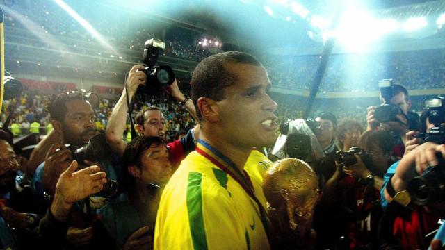 Antes da final, Rivaldo lembra sensações de ser campeão e de ser vice