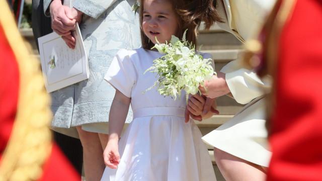 Princesa Charlotte já vale mais que pais e rainha Elizabeth juntos