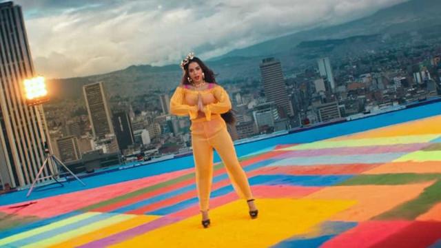 Anitta lança novo clipe, com imagens gravadas ao redor do mundo; veja